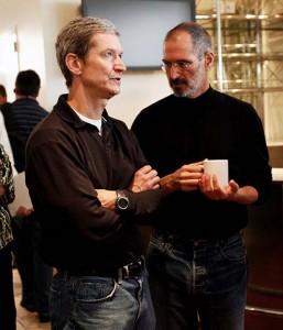 Passando o bastão: Jobs e o novo CEO da Apple